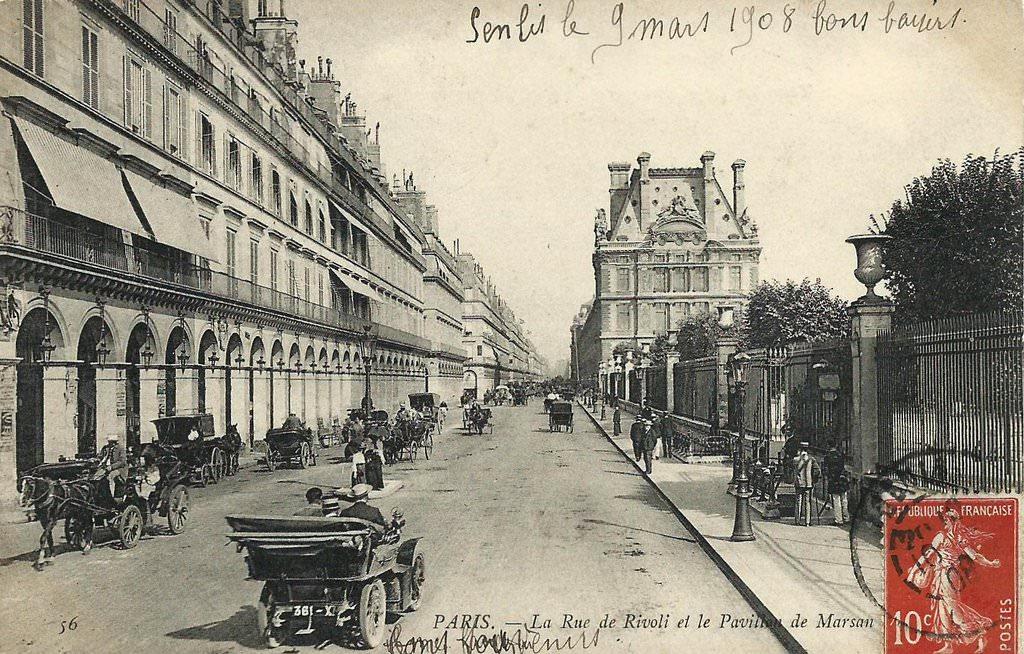 La rue de Rivoli... 1370324709-tuileries-station-7-jpr