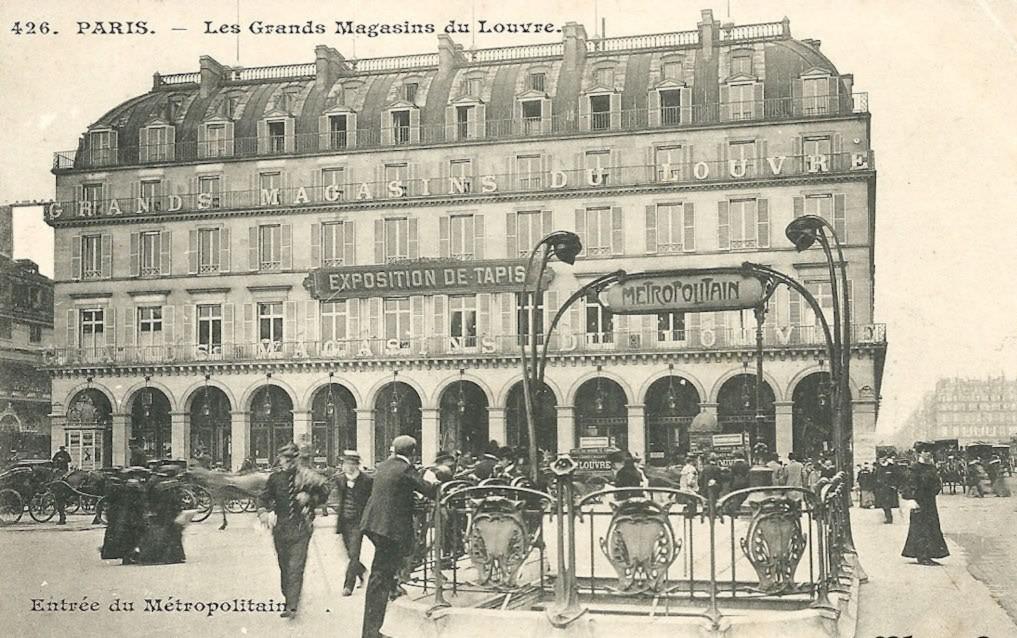 Les Grands Magasins du Louvre... 1317449787_paris_metro_palais_royal_station_10_dc_352