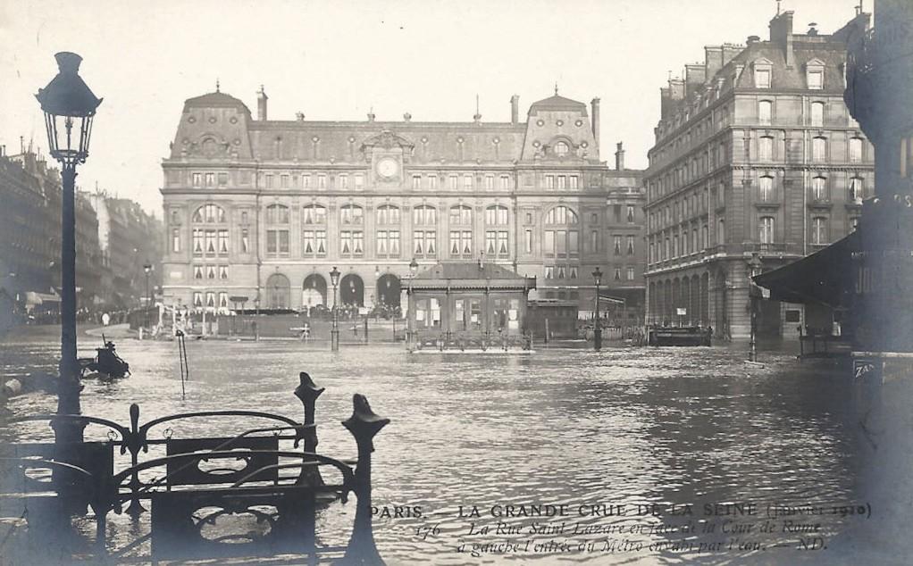 Janvier 1910, devant la Gare Saint-Lazare... 1362326361-paris-metro-saint-lazare-station-29-dc-568