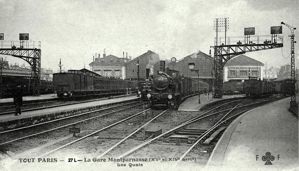 1368592759-27 Gare Montpanasse